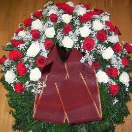 Kränze: Kranz mit Rosen